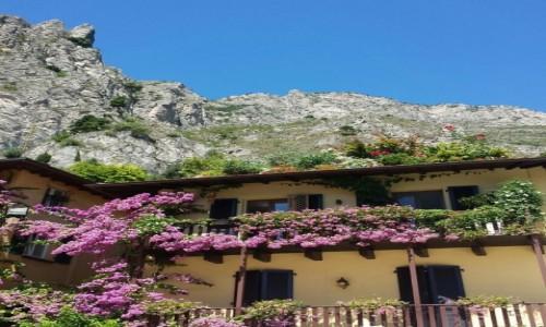 Zdjęcie WłOCHY / Nad jeziorem / Garda / Bar restauracja Gemma