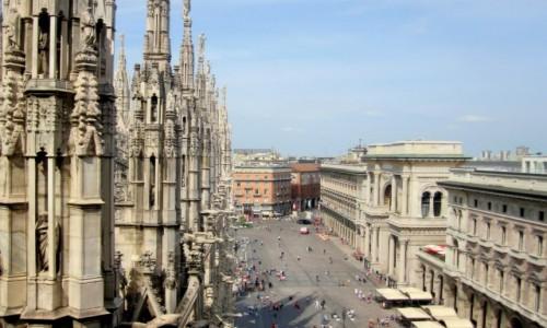 Zdjecie W�OCHY / Lombardia / Mediolan / Piazza del Duom