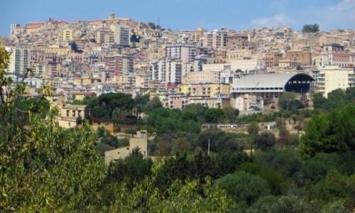Zdjęcie WłOCHY / Sycylia / Agrygent / panorama Agrygentu z Doliny Świątyń