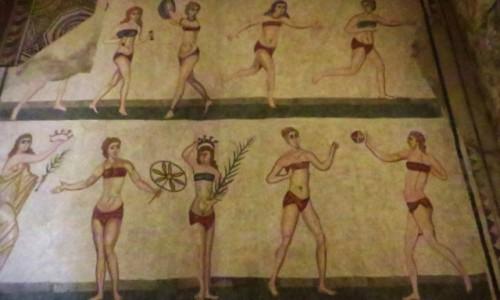 W�OCHY / Sycylia / Villa del Casale / mozaika - dziewczyny w bikini
