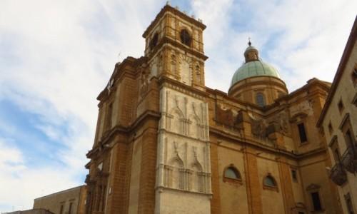 Zdjecie W�OCHY / Sycylia / Piazza Armenina / katedra
