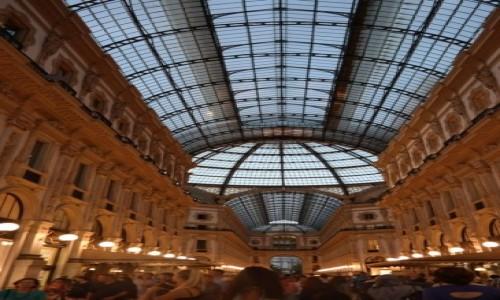 W�OCHY / - / Mediolan / Galleria Vittorio Emanuele