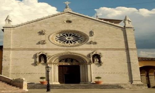 Zdjęcie WłOCHY / Umbria / Nursja- bazylika św. Benedykta / Dziś runęła :(