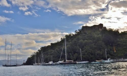 Zdjęcie WłOCHY / Liguria / Portofino / Portofino, widok na zamek