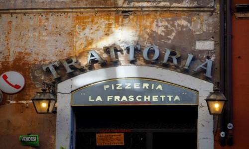Zdjęcie WłOCHY / Lacjum / Rzym / Na Zatybrzu...