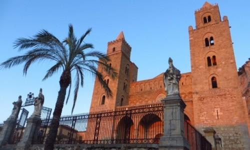 Zdjęcie WłOCHY / Sycylia / Cefalu / katedra o zmroku