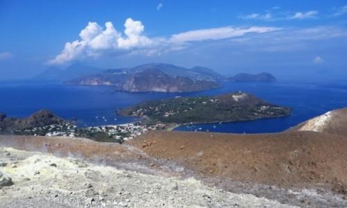 Zdjęcie WłOCHY / Wyspy Liparyjskie / Vulcano / widok na Wyspy Eolskie