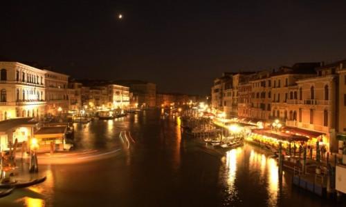 Zdjecie WłOCHY / Wenecja Euganejska / Ponte Rialto / Wenecja nocą