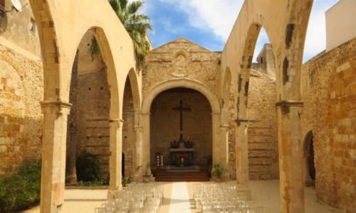 Zdjęcie WłOCHY / Sycylia / Syrakuzy / kościół San Giovanni Battista XII - XIV w