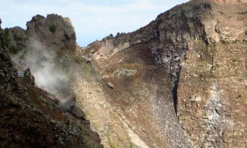 Zdjęcie WłOCHY / Kampania / Wezuwiusz / krater