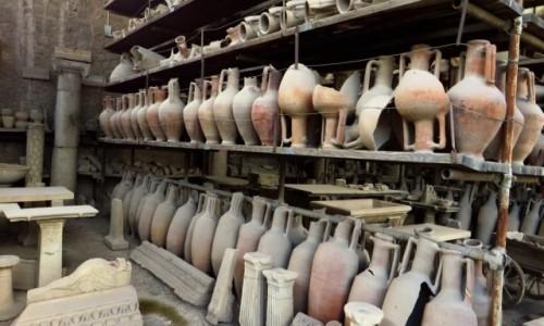 Zdjęcie WłOCHY / Kampania / Pompeje / dobytek dawnych mieszkańców