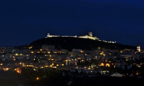 Zdjęcie WłOCHY / Umbria / Asyż / Asyż, nocą