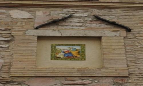 Zdjęcie WłOCHY / Umbria / Asyż / Asyż, drkoracje kamienic