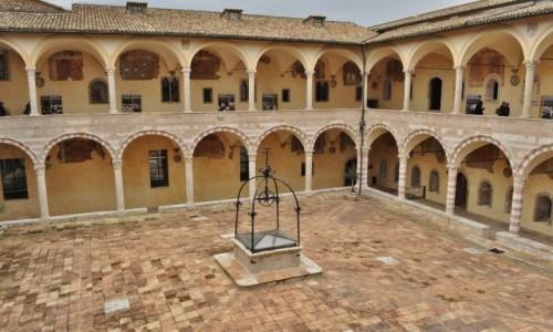 Zdjęcie WłOCHY / Umbria / Asyż / Asyż, klasztor św. Franciszka