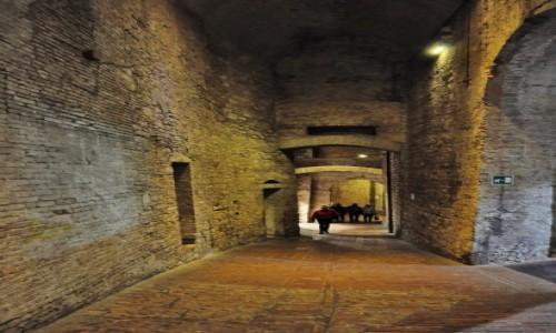 Zdjęcie WłOCHY / Umbria / Perugia / Perugia - podziemia miasta