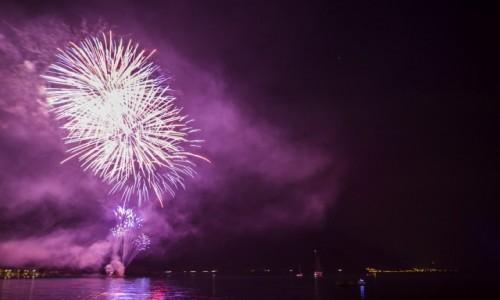 Zdjecie WłOCHY / jezioro Garda / Nago Torbole / pokaz nad jeziorem Garda