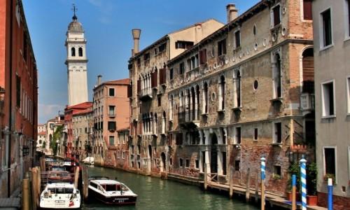 Zdjęcie WłOCHY / Wenecja Euganejska / Wenecja / Wenecja - Krzywa Wieża  - Chiesa di San Giorgio dei Greci