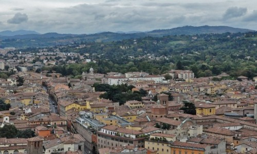 WłOCHY / Emilia-Romania / Bolonia / Bolonia, panorama