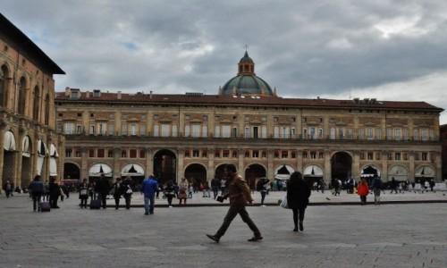 WłOCHY / Emilia-Romania / Bolonia / Bolonia, Piazza Maggiore