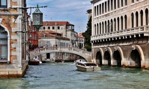 WłOCHY / Wenecja Euganejska / Wenecja / Wenecja - mostek