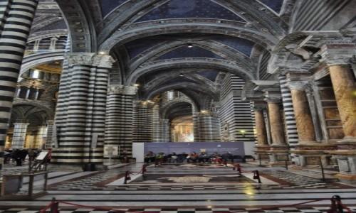 Zdjecie WłOCHY / Toskania / Siena / Siena, katedra, boczna nawa