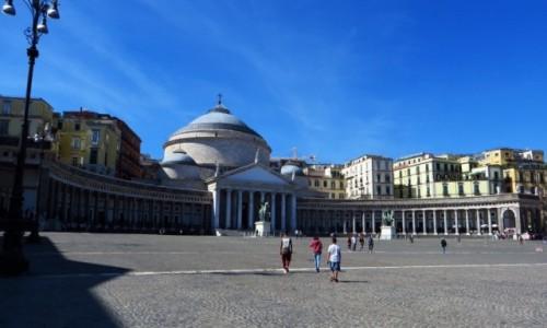Zdjęcie WłOCHY / Kampania / Neapol / kościół św. Franciszka z Paoli