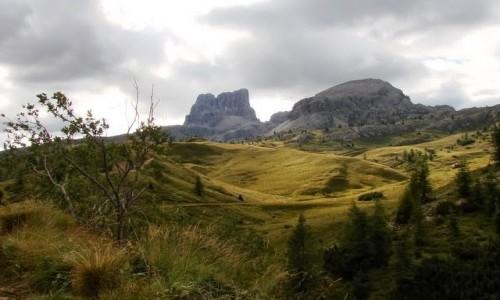 Zdjęcie WłOCHY / Dolomity / widok z przełęczy Falzarego / Dolomity