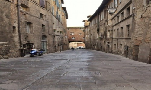Zdjęcie WłOCHY / Toskania / Siena / Siena, uliczki