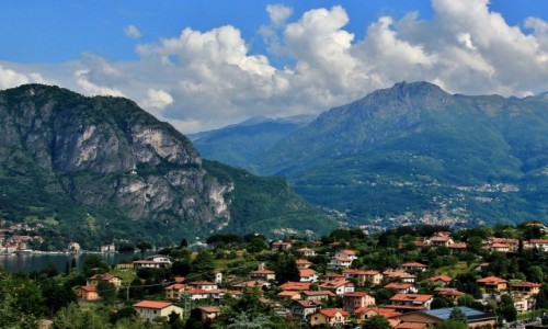 Zdjecie WłOCHY / Lombardia / wzdłuż jeziora Como / Alpejskie widoki