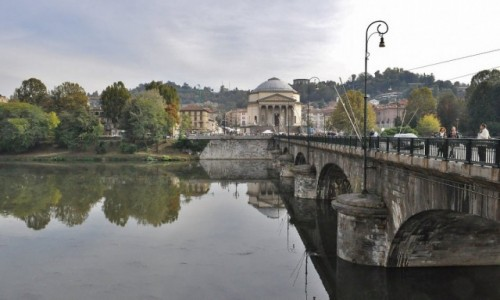 WłOCHY / Piemont / Turyn / Turyn, nad Padem