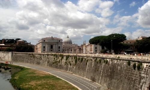 WłOCHY / Lacjum / Rzym / Rzymskie wspomnienie.