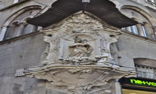 Zdjęcie WłOCHY / Liguria / Genua / Genua, kamienice