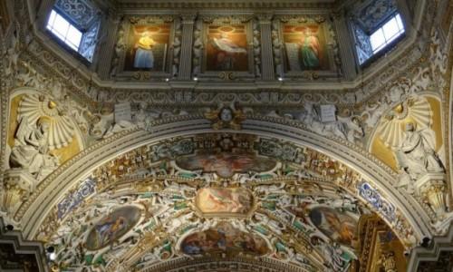 Zdjęcie WłOCHY / Lombardia / Bergamo / Sufitowy majstersztyk