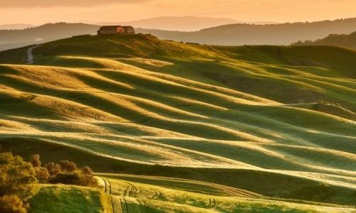 WłOCHY / Toskania / Mucilgani / Wzgórza Mucilgani