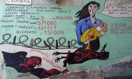 Zdjecie WłOCHY / Sardynia / Orgosolo / Historia świata  na muralach w Orgosolo - bilans 1 wojny światowej