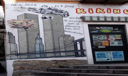 Zdjęcie WłOCHY / Sardynia / Orgosolo / Historia świata  na muralach w Orgosolo - World Trade Center
