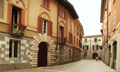 Zdjęcie WłOCHY / Lombardia / Como / Uliczka