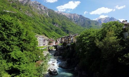 Zdjęcie WłOCHY / Lombardia / Chiavenna / Rzeka Mera