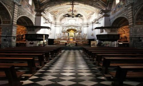 Zdjęcie WłOCHY / Lombardia / Bellano / Kościół Św. Nazaro i Celso, wnętrze
