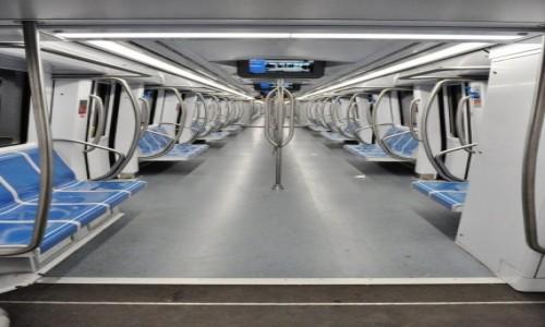 Zdjęcie WłOCHY / Lazio / Rzym / Rzymskie metro