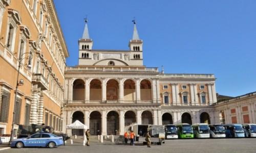 WłOCHY / Lazio / Rzym / Rzym, bazylika św. Jana na Lateranie
