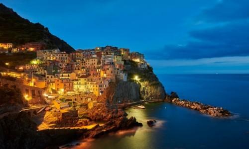 WłOCHY / Cinque Terre / Manarola / Manarola nocą