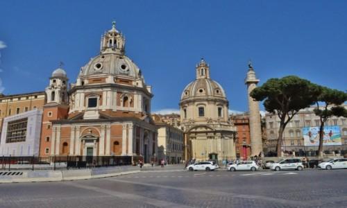 Zdjęcie WłOCHY / Lazio / Rzym / Rzym, Santa Maria di Loreto i Chiesa SS Nome di María