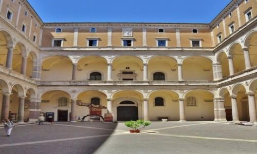 Zdjęcie WłOCHY / Lazio / Rzym / Rzym, Palazzo della Cancelleria
