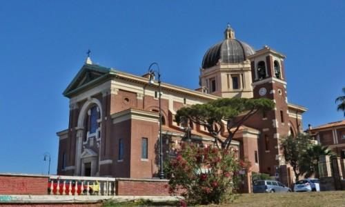 Zdjęcie WłOCHY / Lazio / Rzym / Ostia, kurort, kościół Pallotynów