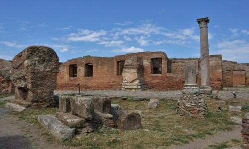 WłOCHY / Lazio / Rzym / Ostia, antyk, portowe miasto w całości