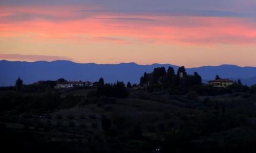 WłOCHY / Toskania / San Miniato / Toskania zachodzi