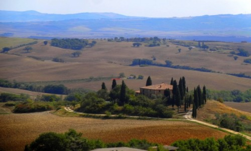 Zdjecie WłOCHY / Toskania / Val d'Orcia / Dom z pocztówki