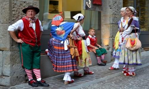 Zdjecie WłOCHY / Lombardia / Bergamo/Citta Alta / pokolenia...