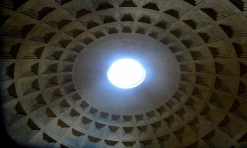 Zdjęcie WłOCHY / Lacjum / Rzym / Dziura